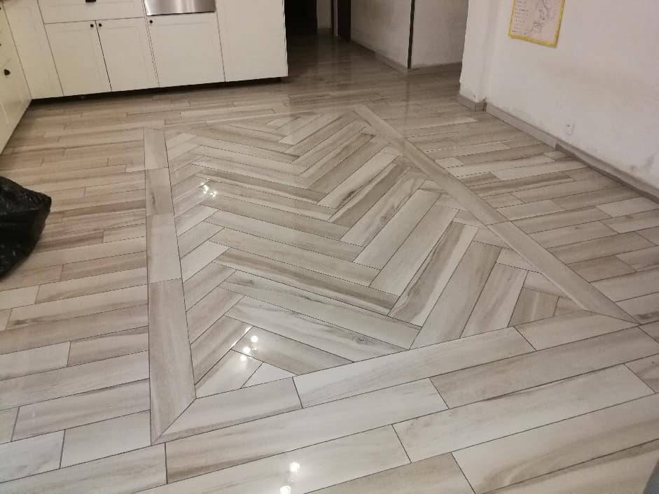 Imitation parquet brillant